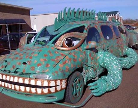iguana-car