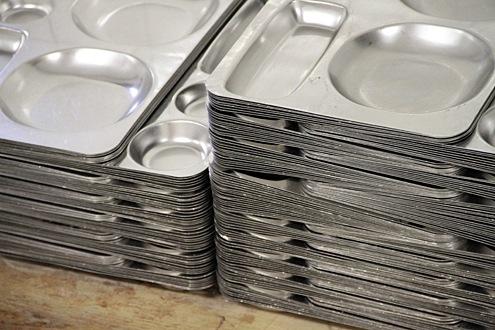 spooning-trays