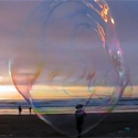 Post thumbnail of Huge Bubbles at the Beach
