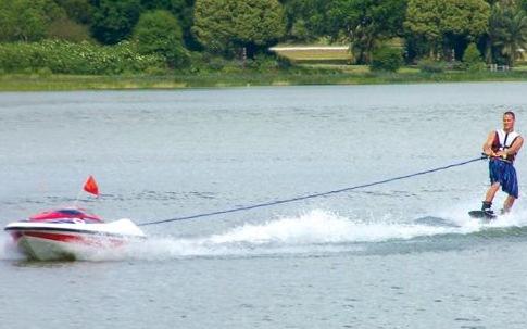 auto-pull-boat