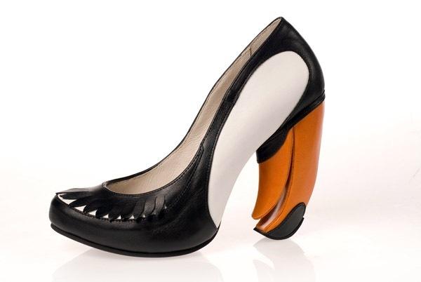Tucan Shoe