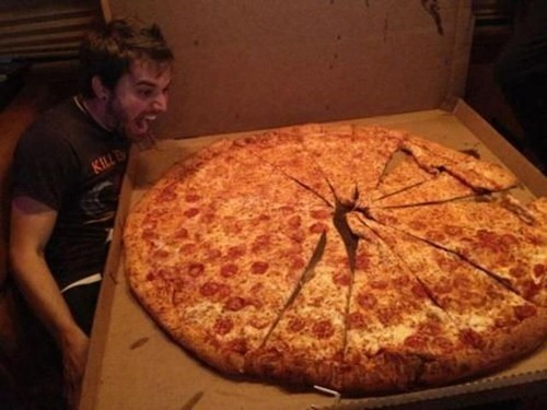 Huge Huge Pizza