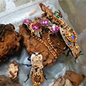 Post Thumbnail of This Mexican Jewelry Is ALIVE - The Makech
